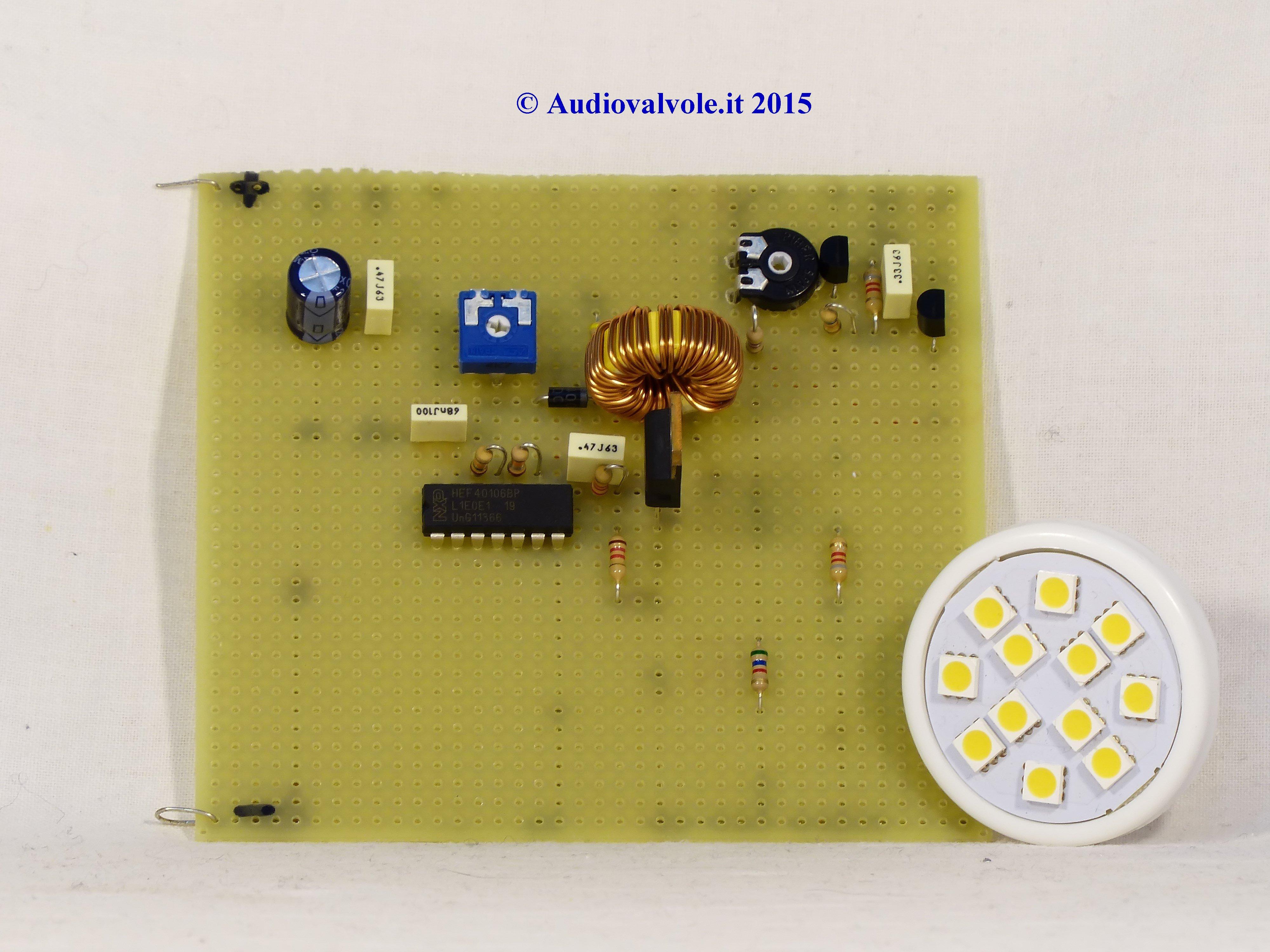 Pannello solare per insegna luminosa : Spegnimento automatico insegna luminosa ad energia solare